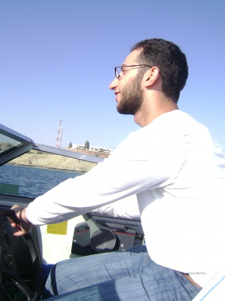 driving a boat in the red sea